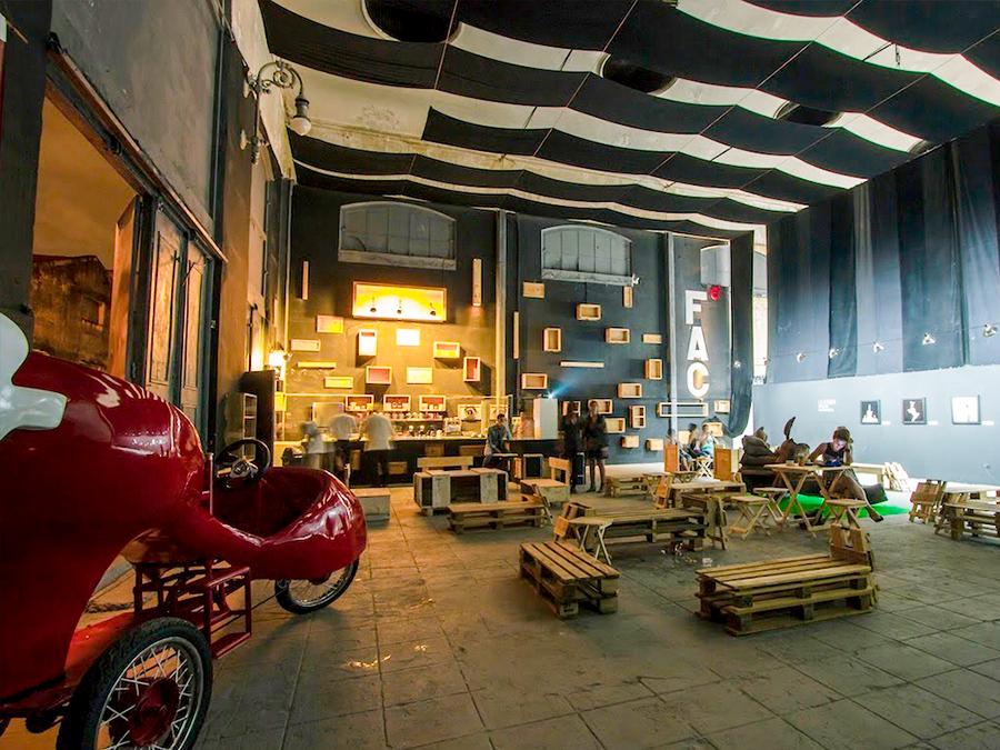 Fabrica de Arte Via Classic Car