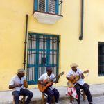 Local Cuban musicians